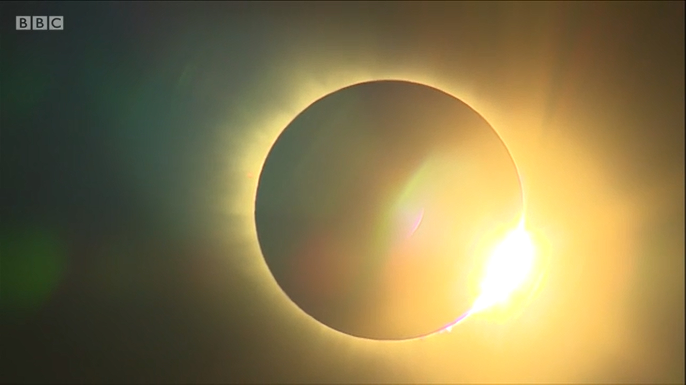 Solar eclipse 2015, Svalbard, Norway, BBC, 02 (1366x768)