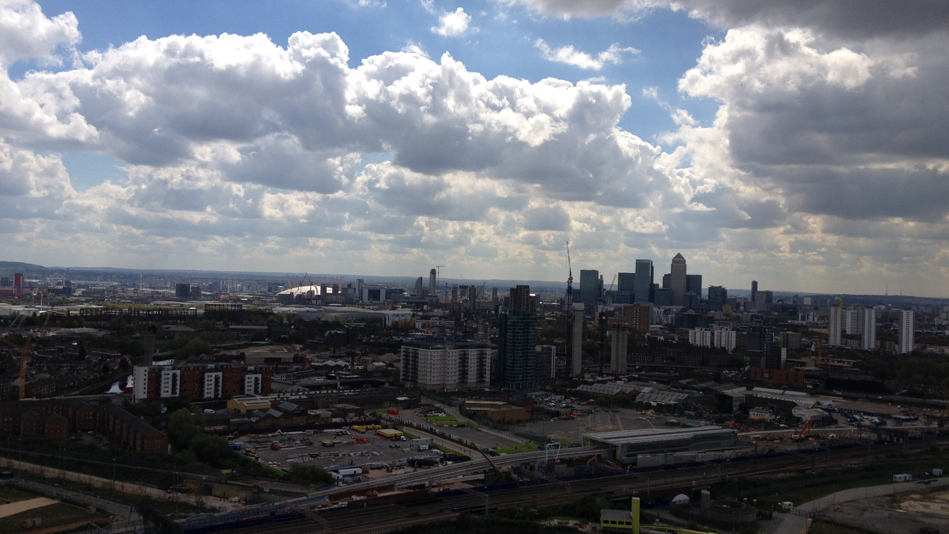 Olympic Park, London, Apr 27, 2015, by Aaron Lee, 03 Orbit Ldn view