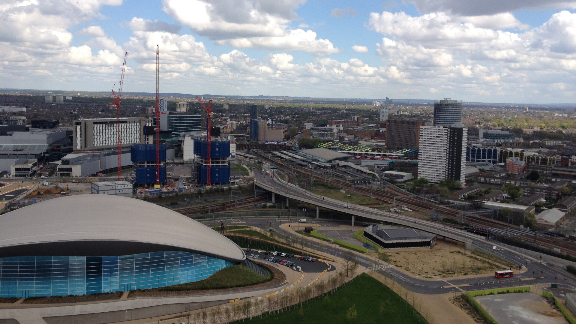 Olympic Park, London, Apr 27, 2015, by Aaron Lee, 05 Orbit Ldn view